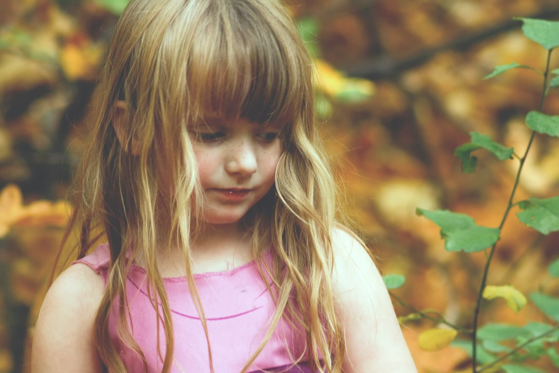 how to help a child build confidence and self-esteem