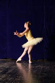 Free picture: ballet, performance, elegance, dancer, theater, famous,  music, person, performer, entertainer
